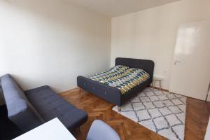 Epicenter Apartment - фото 12