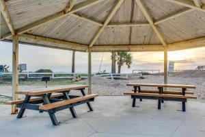 153 By the Sea, Dovolenkové domy  Vilano Beach - big - 36