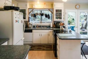 Grey Whale, Holiday homes  Fort Bragg - big - 52