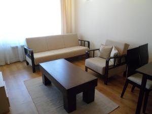 Cedar Lodge 3/4 Self-Catering Apartments, Apartments  Bansko - big - 45