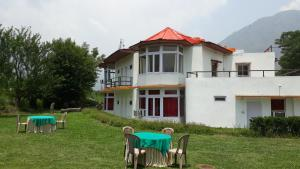 The Tara Villa, Bed & Breakfasts  Shamshi - big - 21