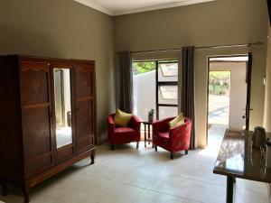 Aerotropolis Guest Lodge, Guest houses  Kempton Park - big - 12