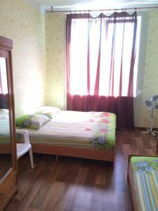 Guest house Zolotoy bereg, Affittacamere  Pizunda - big - 4