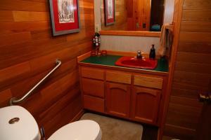 253 - Crockett Lake Lookout Home