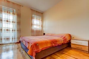 Simon Apartment, Апартаменты  Подгорица - big - 2