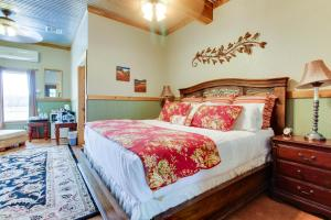 Historic Rocky Hill: Malbec Suite, Holiday homes  Fredericksburg - big - 6