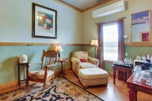 Historic Rocky Hill: Malbec Suite, Holiday homes  Fredericksburg - big - 21