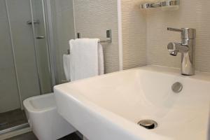 Hotel Touring, Отели  Мизано-Адриатико - big - 26