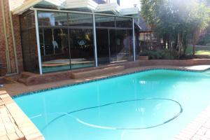 Epozini guest house, Vendégházak  Bloemfontein - big - 11