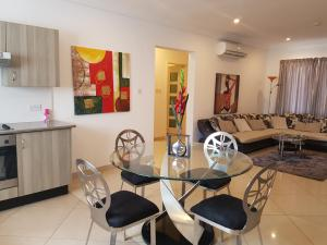 Westfields - 2 bedroom Apartment, East Legon, Apartmanok  Accra - big - 7