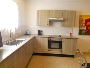 Westfields - 2 bedroom Apartment, East Legon, Apartmanok  Accra - big - 8