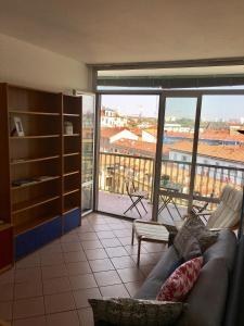 1 Bedroom Flat In Navigli - Apartment - Milan