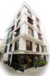 Gardenya Suit Hotel