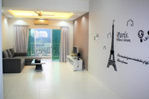 Sky Holiday home, near Spice Arena Penang, Appartamenti  Bayan Lepas - big - 1