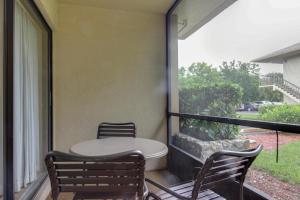 Park Shore, Prázdninové domy  Naples - big - 21
