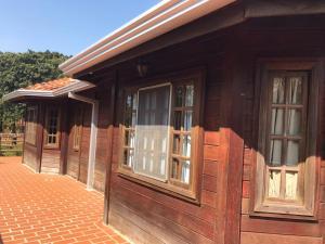 Pousada Parque das Gabirobas, Farm stays  Macacos - big - 10