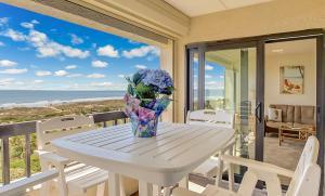Oceanfront Condo 1 King Master Suite, Ferienwohnungen  Amelia Island - big - 49