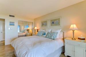 Oceanfront Condo 1 King Master Suite, Ferienwohnungen  Amelia Island - big - 47