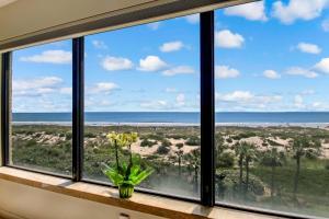 Oceanfront Condo 1 King Master Suite, Ferienwohnungen  Amelia Island - big - 45