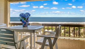 Oceanfront Condo 1 King Master Suite, Ferienwohnungen  Amelia Island - big - 42