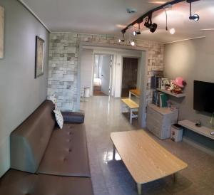 Сеул - Elisha House