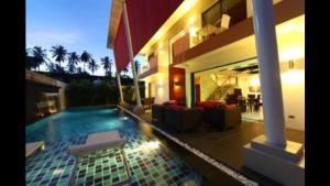 Una foto de Chaman villa phuket