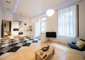 City Center Andrassy, Apartmány  Budapešť - big - 3