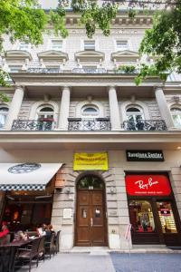 City Center Andrassy, Apartmanok  Budapest - big - 8