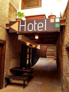 Hotel Apartamentos O Callejón DE Belchite