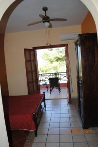 Villa Eora, Апартаменты  Керион - big - 25