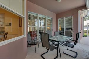 Peaceful Palms, Holiday homes  Naples - big - 34