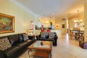 Peaceful Palms, Holiday homes  Naples - big - 28