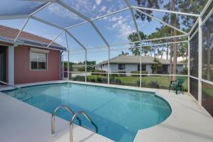 Peaceful Palms, Holiday homes  Naples - big - 24