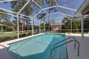 Peaceful Palms, Holiday homes  Naples - big - 20