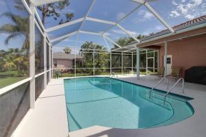 Peaceful Palms, Holiday homes  Naples - big - 13