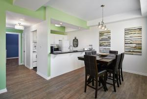 Vine Village Apartments, Apartmány  Niagara on the Lake - big - 68