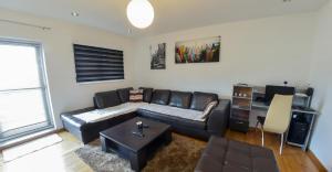 Luxury Apartment in City Center - фото 4
