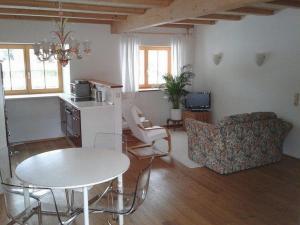 Haus Perlgut, Apartments  Rottau - big - 9