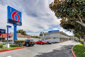 obrázek - Motel 6 Santa Clara