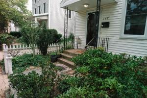 Monks House- Yale/New Haven, Ferienhäuser  New Haven - big - 3