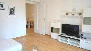 Stefana Stefanovica Apartment, Апартаменты  Нови-Сад - big - 9