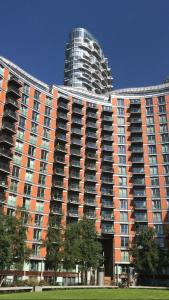 2 Bedroom Apartment @ New Providence Wharf, Ferienwohnungen  London - big - 5