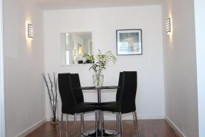 2 Bedroom Apartment @ New Providence Wharf, Ferienwohnungen  London - big - 4