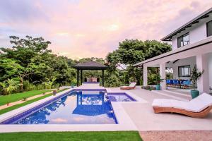 Villa Komodo, Ville  Santa Teresa Beach - big - 28