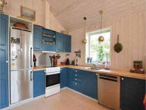 Three-Bedroom Holiday Home in Ebeltoft, Ferienhäuser  Ebeltoft - big - 17