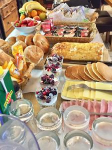 Scottish Equi B&B, Bed & Breakfasts  Lanark - big - 8