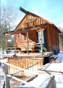 4D Longhorn Guest Ranch