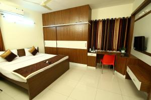 Prime Hitech, Hotels  Hyderabad - big - 1
