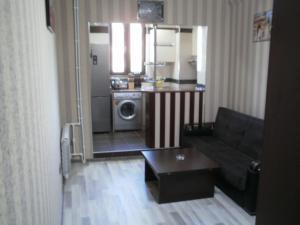 Апартаменты На Тбилисском проспекте - фото 2