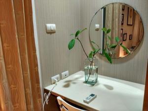Center Art Condo, Apartments  Bangkok - big - 58